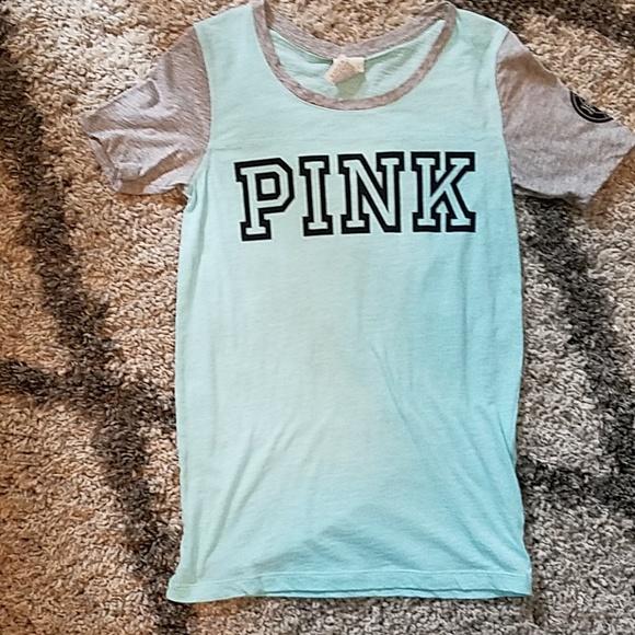 35eab37b9 PINK Victoria s Secret Shirt. M 5bbe29146a0bb735bfa51664